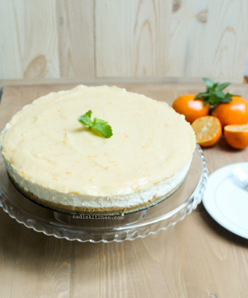 No bake white chocolate cheesecake with lemon curd topping