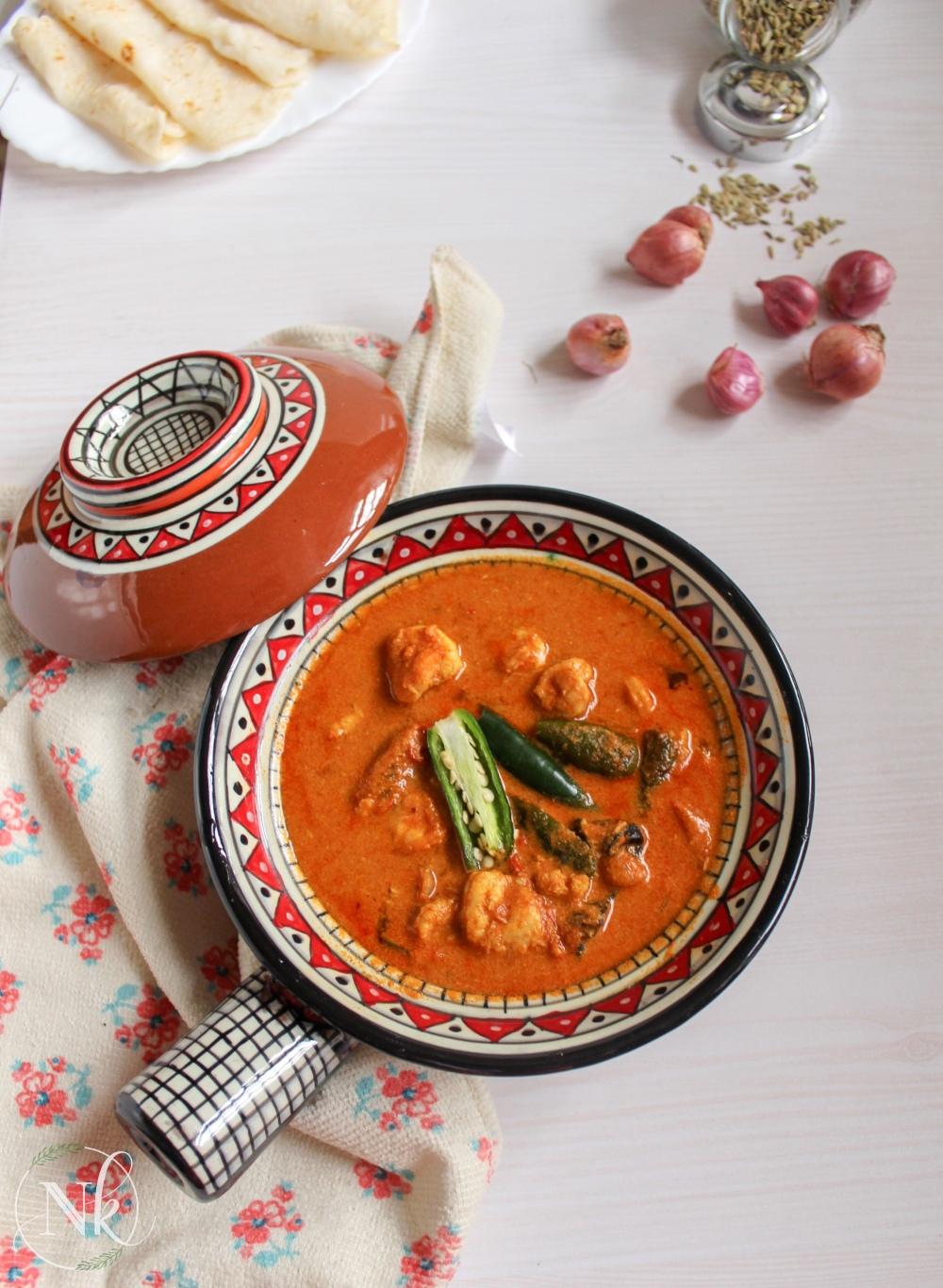 Thenga aracha chemmeen curry (malabar prawns curry) kerala shrimp curry